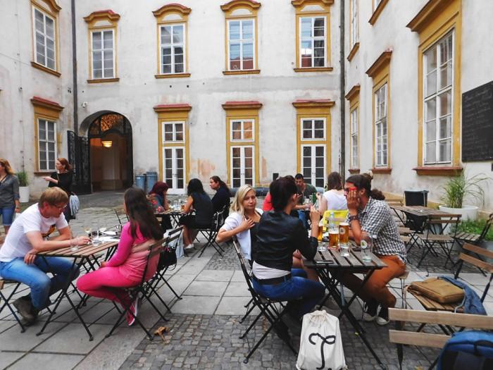 Brněnské kavárny očima Nizozemce